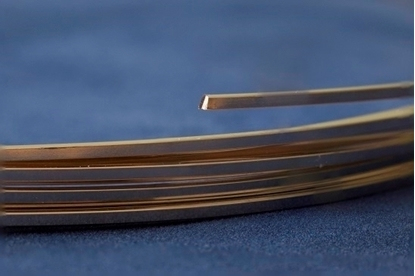 Picture of Yellow Gold-Filled Square Wire 14/20 (Soft) 1.0mm x 1m