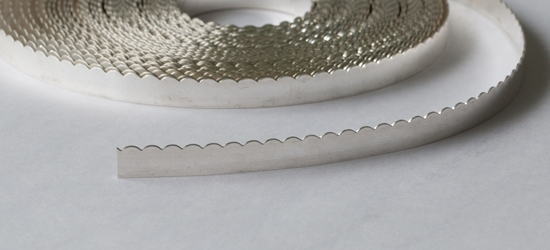 "Picture of Fine Silver Scalloped Bezel Strip Wire (26ga x 1/4"") x 50cm"