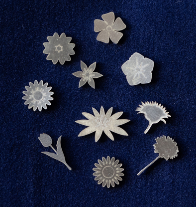 Picture of 925 Sterling Silver Flowers Solderable Accent (set of 10 pc) - 24ga